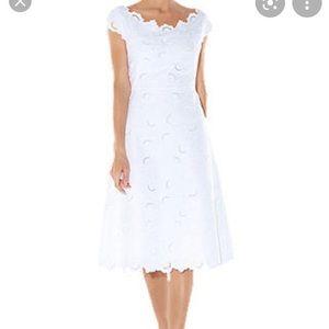 Hobbs Liliana white embroidered dress 4 NWT